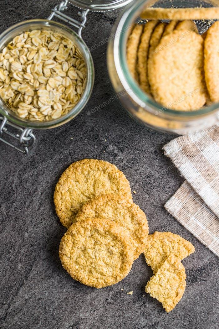 Crispy oatmeal cookies.