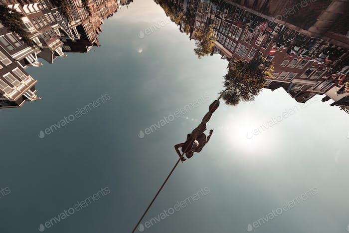 Andador de cuerda floja, Amsterdam