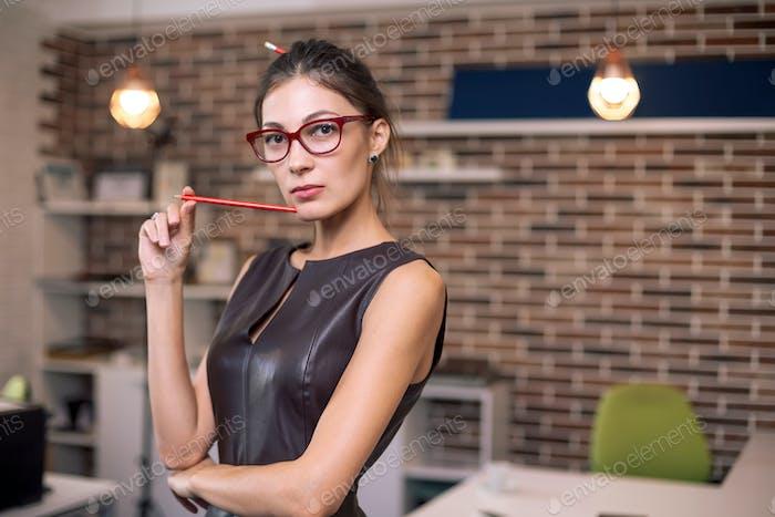 Портрет успешной деловой женщины