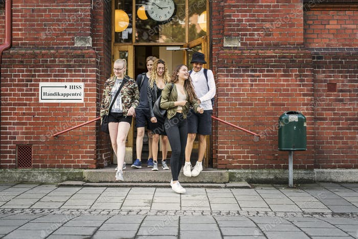 Students (14-15) leaving school