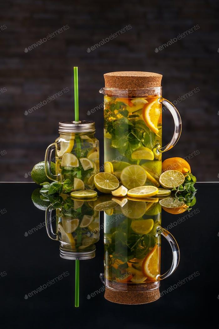 Lemonade with fresh lemons
