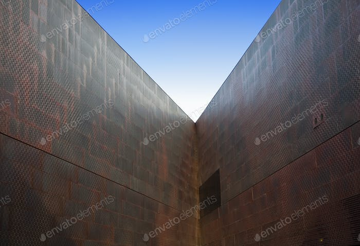 49920,Corner of Building