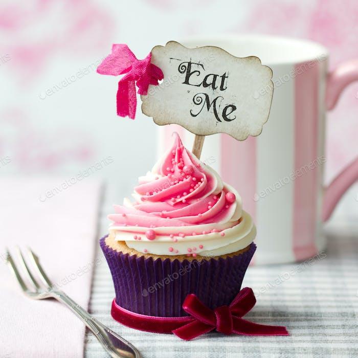 """""""Eat Me"""" cupcake"""