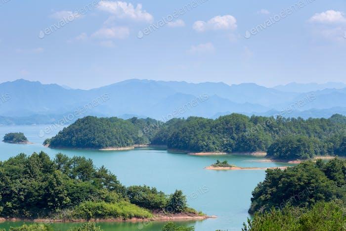 hangzhou thousand island lake