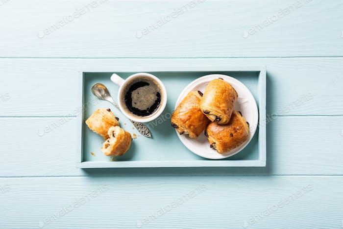 mini fresh croissants bun