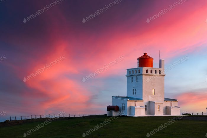 Incredible evening view of Dyrholaey Lighthouse
