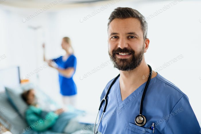 Portrait of doctors and infected patient in hospital, coronavirus concept