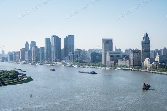shanghai huangpu river bend landscape
