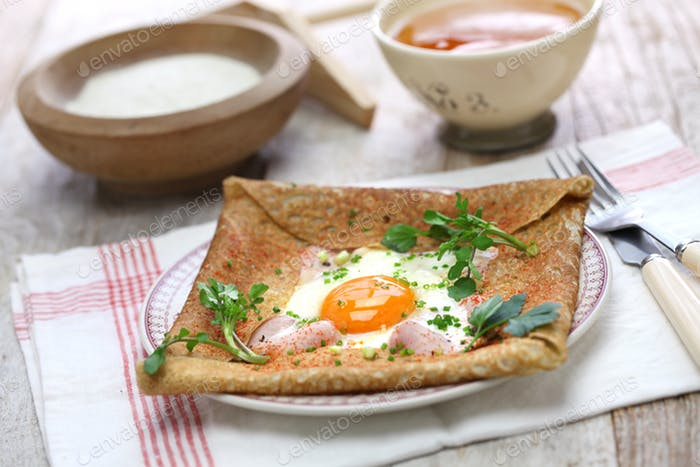 galette sarrasin, buckwheat crepe