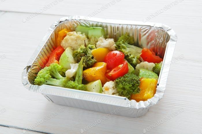 Gesundes Essen in Boxen, Diät-Konzept.