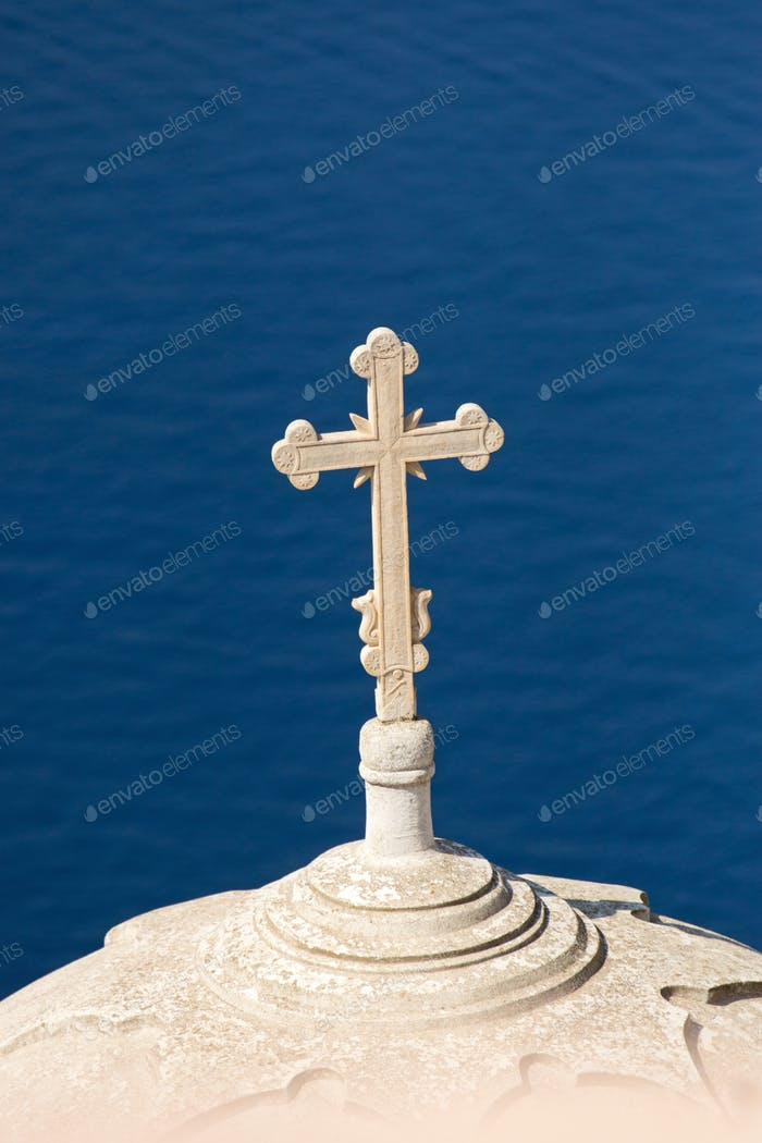 Cross high up over the sea