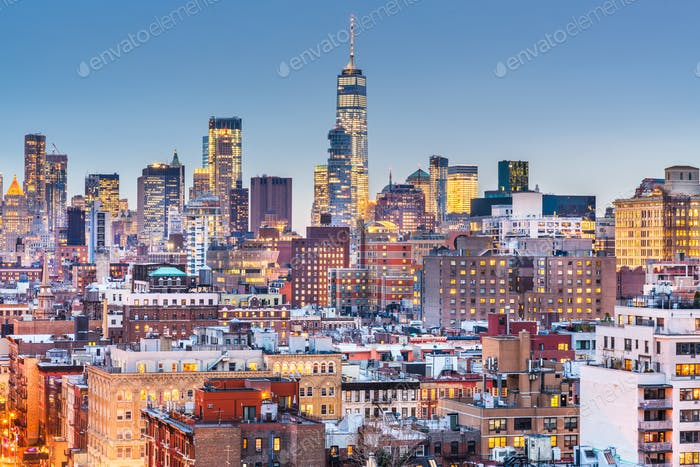 New York, New York cityscape at dusk