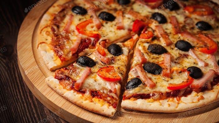 Buzón de pizza de jamón