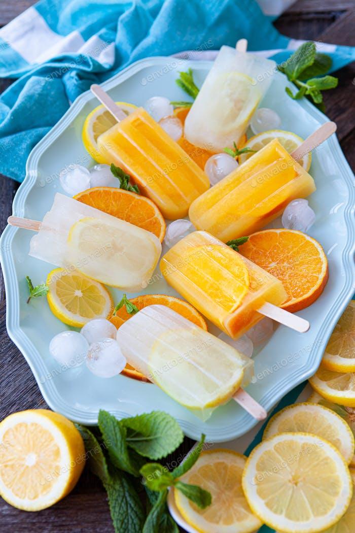 Fruity frozen popsicles