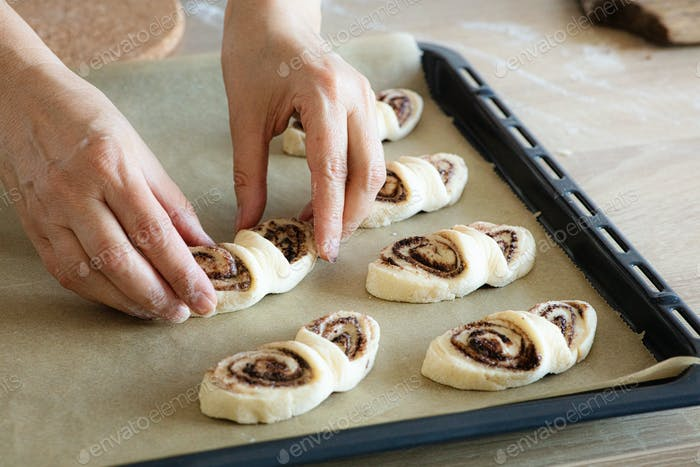 process of making yeast dough buns