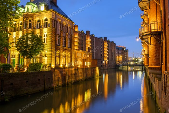 Canal in the Speicherstadt at night
