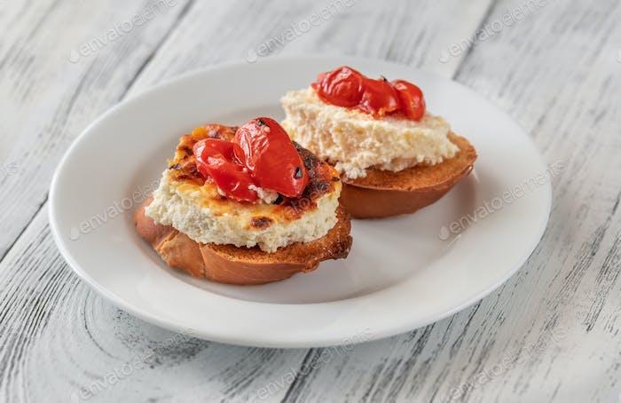 Baked ricotta sandwiches