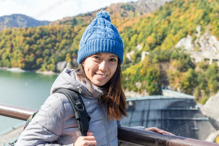 Femme voyage à Tateyame