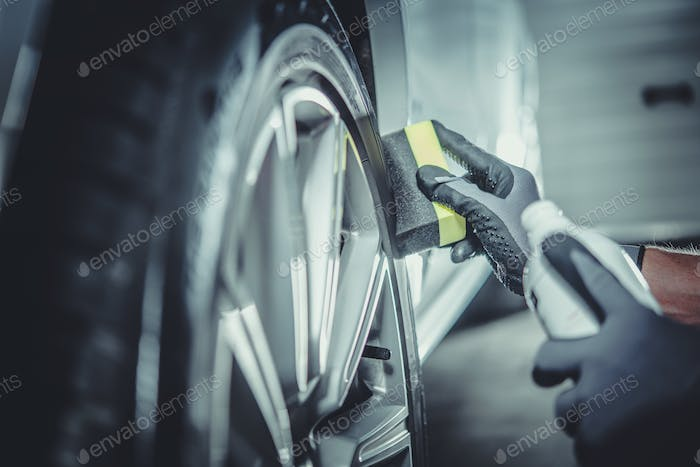 Car Wheel and Tires Cleaning