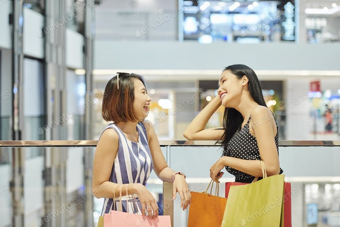 Friends in the shopping mall