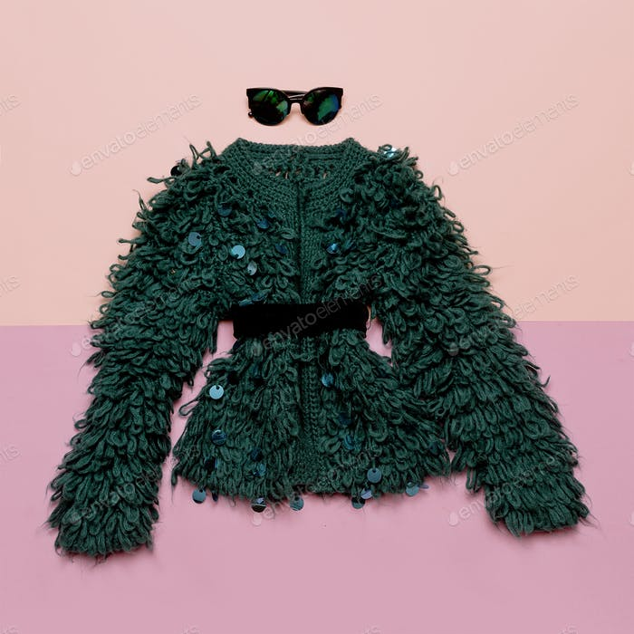 Vintage outfit Stylish women's clothing. Glasses and fur coat fo