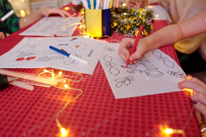 Kids coloring Christmas pictures