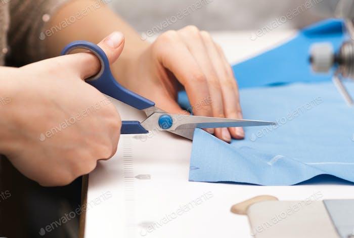 cut tissue