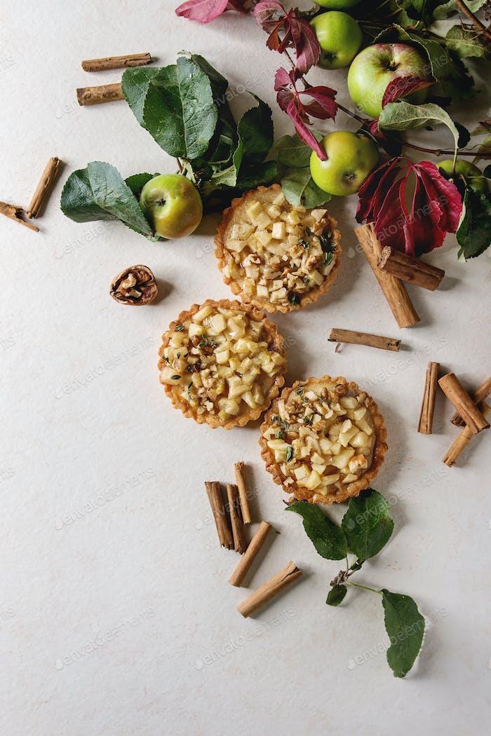 Sweet apple tartlets