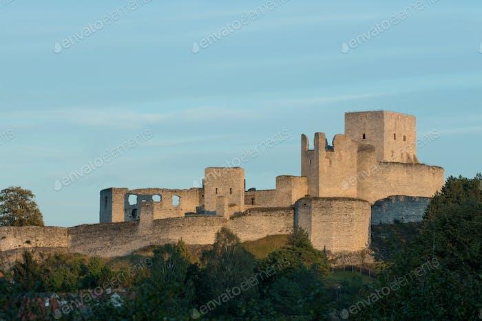 Ruins of Rabi castle