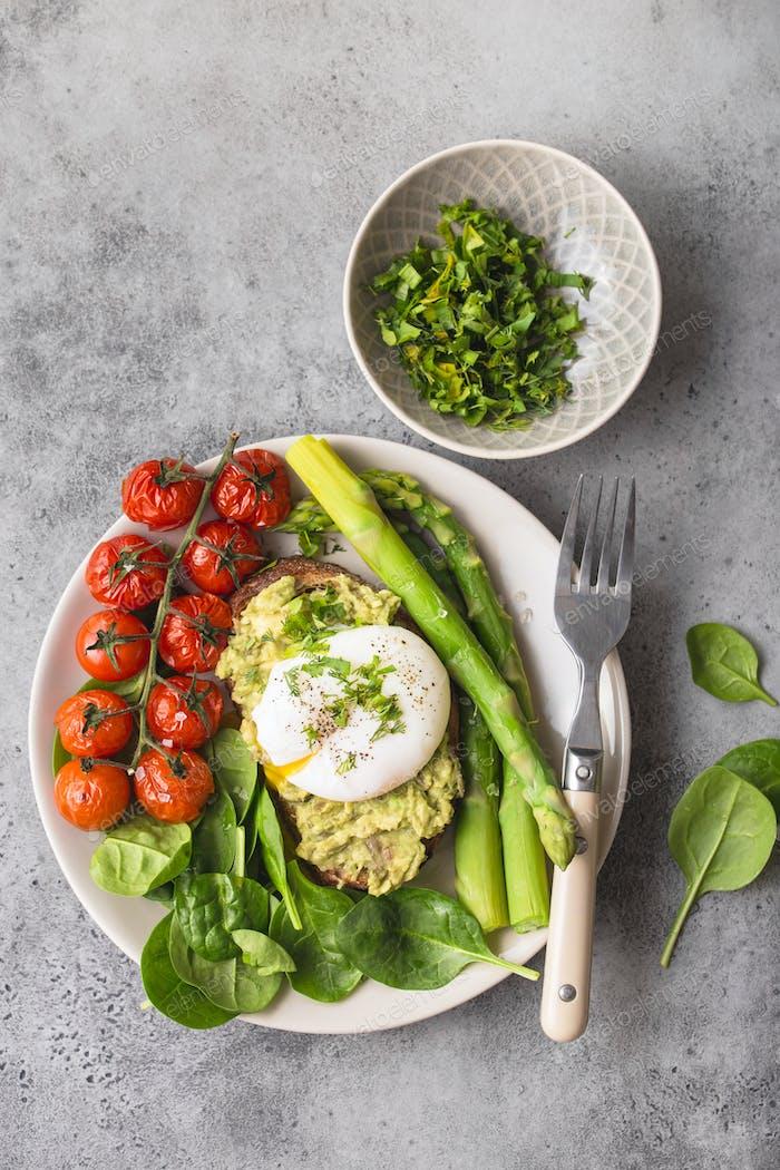 Healthy vegetarian meal plate
