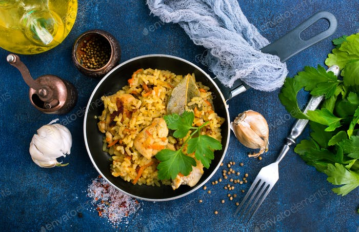 Reis mit Huhn