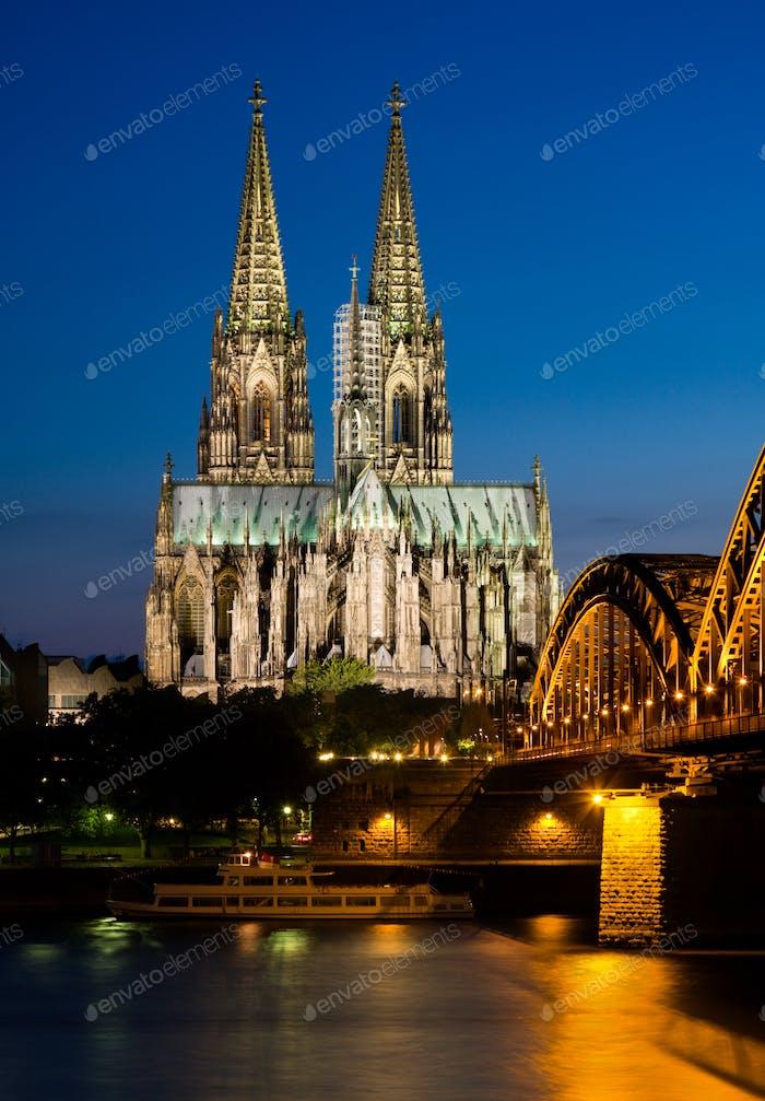 Catedral de Colonia Noche, Alemania
