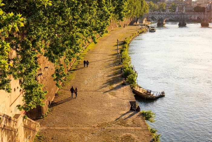Path by the Tiber river - Rome, Italy