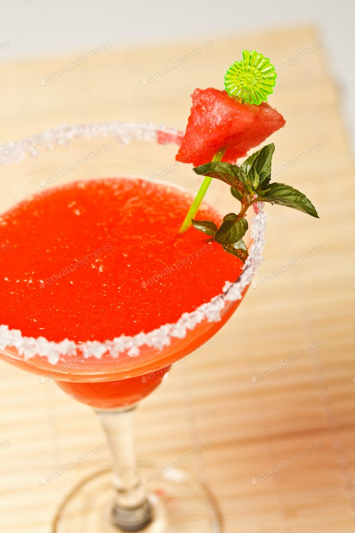 Wassermelone Martini Getränk