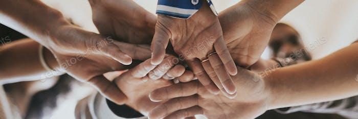 Comunidad de personas trabajo en equipo