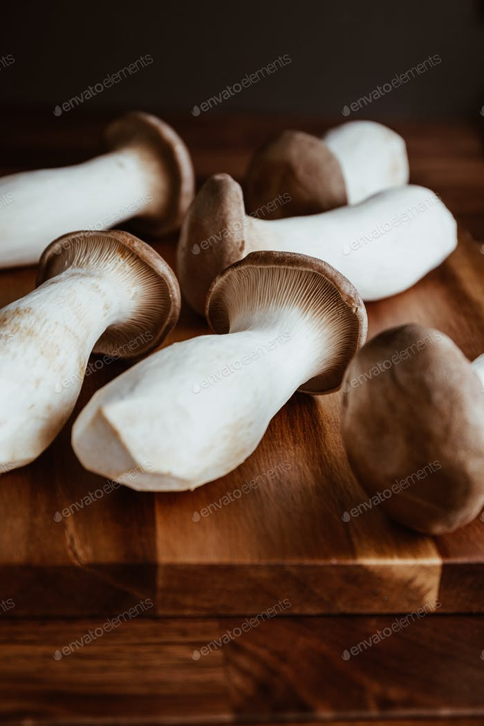 Group of raw King Oyster mushroom (also known as eryngii)