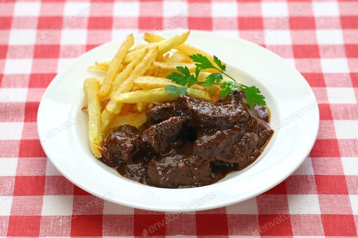 carbonade flamande, flemish beef stew, belgian cuisine