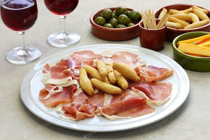 jamon serrano with picos, spanish food