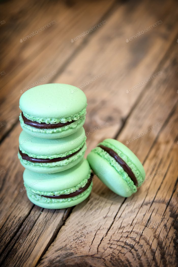 tasty french macarons
