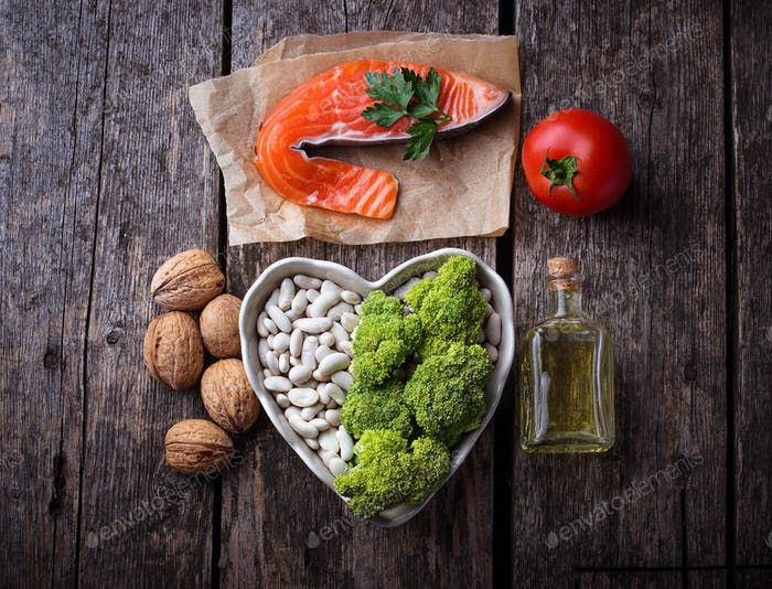 Cholesterol diet, healthy food for heart