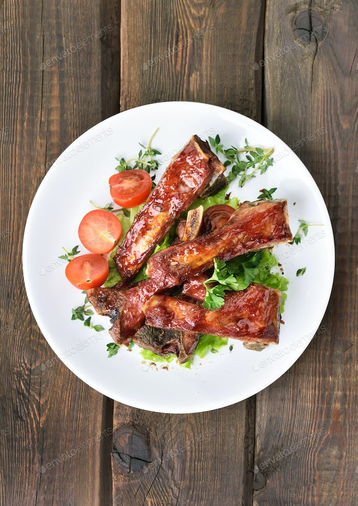 Roasted pork ribs, top view