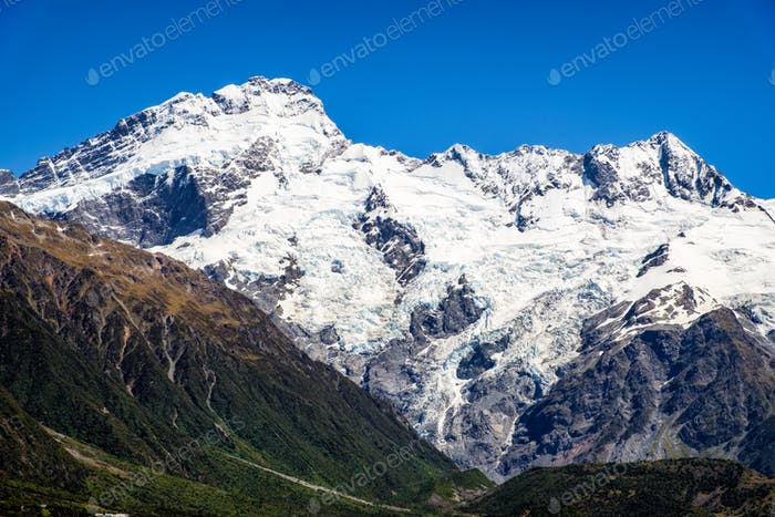 Mountain peaks and glaciers in Mt Cook national park, New Zealand