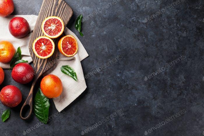 Frische rote Orangenfrüchte