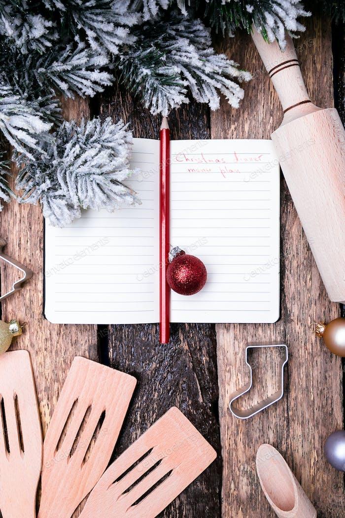 Weihnachtsmenüplan. Hintergrund für das Schreiben des Weihnachtsmenüs. Draufsicht.