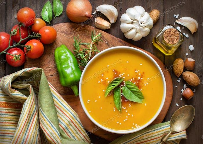 Fresh pumpkin soup and vegetable