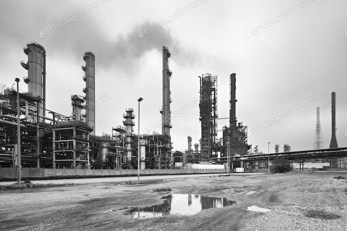 Raffinerie In Schwarz Und Weiß