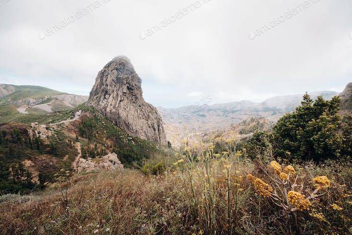 Agando Klippe in der Nähe von Garajonay Park auf der Insel La Gomera