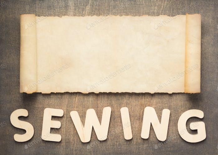 швейные письма и пергаментные свитки
