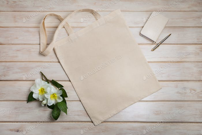 Placeit – Tote bag mockup with with beige notepad