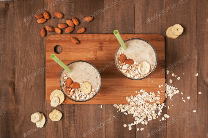 Banana-Oatmeal Smoothies on the Wooden Table